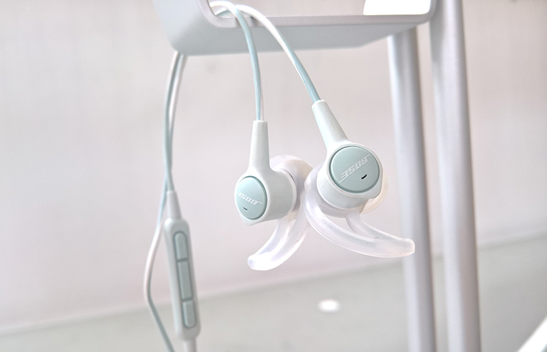 bose-soundtrue-ultra-review-philippines-4