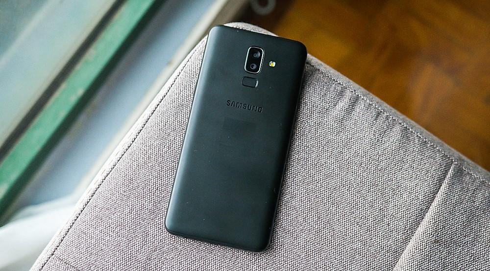Samsung ra mắt Galaxy J8 tại Việt Nam: Màn hình tràn viền, camera kép
